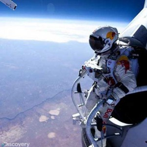 Would you sky dive from 17 miles up? hell yeah! if I have suit dress up like that I can jump up from space :) LOL