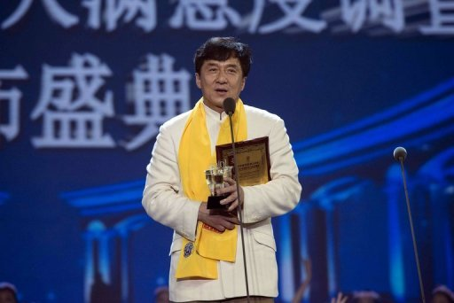 the truth about Jackie Chan he is a communist and an anti-Americanism person lure people in the past has two faces