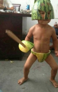 how to carve a water melon skin to a toy water melon warrior