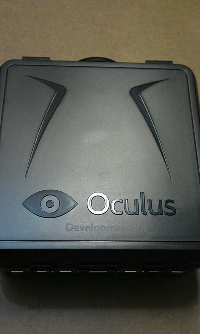 oculus rift like new sold on ebay for $300 lucky winner and weird bidding on other listing