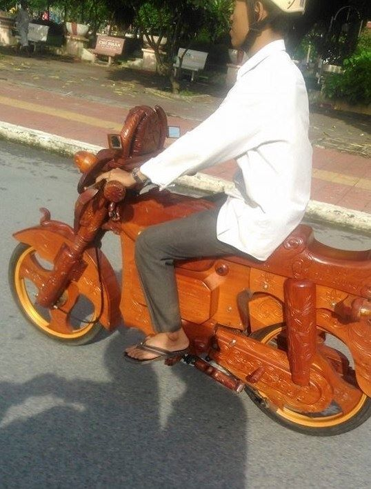 fake Vietnam wooden motorcycle bike circulating the internet